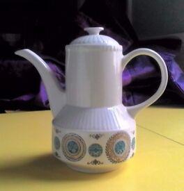 Retro 70s Designer Teapot CAROUSEL Kathie Winkle VGC