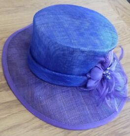 Eastex hat two tone Blue / Purple with pearl beaded feathers.