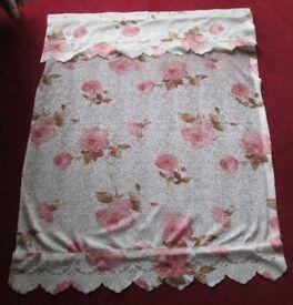"""Pr Pretty decorative CURTAINS, 35""""W 48"""" L. lace effect pretty floral design, optional tie backs vgc"""