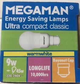 20x Energy saving bulbs. 9w, B22, 10k hrs NEW.