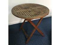 Foldable Round Table - solid wood