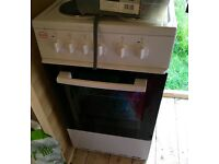 Swan electric cooker for sale 7months old basically brand new hardly used £150