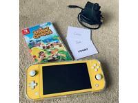 Yellow Nintendo Switch Lite + game & accessories