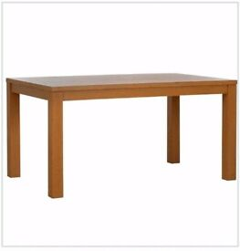 Brand New Oak Effect Dining Table FREE DELIVERY 811