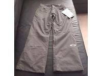 Womens Oakley Snow Pants - Small - New
