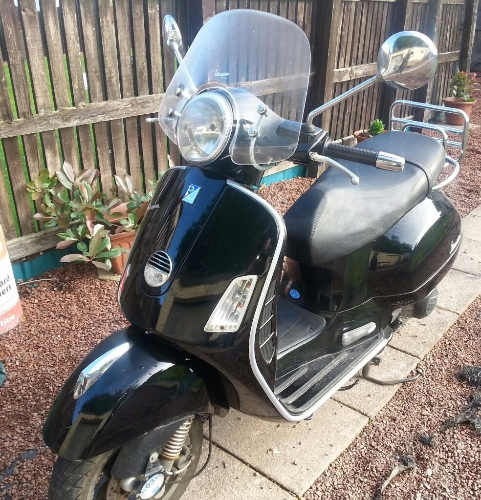 Vespa GTS 250 registered as a 125 (if add still here its still for sale)