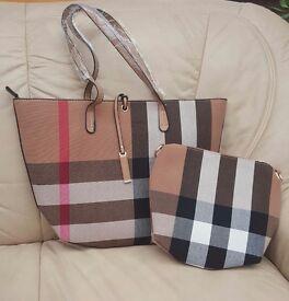 Burberry alike handbag with cosmetic bag