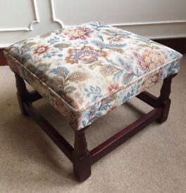 Vintage Arts & Crafts Tapestry Floral Square Turned Leg Footstool Pouffe Seat