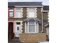 Very Well Presented 3 bedroom house to Let - Upper Wood St, Bargoed