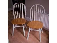 2 Wood Chairs; White/Wood