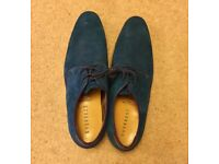 Men's Blue Suede Leather Casual Shoes with tie laces, Size 8. Superb!