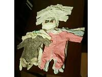 16 X NEW BORN BABY CLOTHES