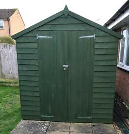 8ft x 6 ft shed with frosted Perspex side windows 1 side