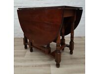 Solid Oak Gate Leg Dining Table (DELIVERY AVAILABLE FOR THIS ITEM OF FURNITURE)