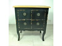 Beautiful antique solid wood 4 drawer bedside table unit