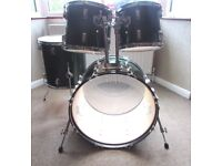 FULL SIZE DRUMS In Metalic Emerald Finish, Bass Drum and three toms in excellent condition NO STANDS
