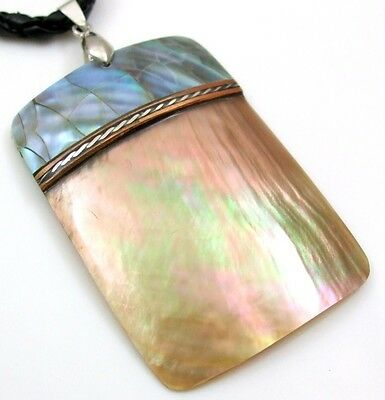 Two Tone Mother of Pearl Shell Pendant Beads Cord Necklace Women Jewelry -
