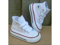 Converse Size 6 (excellent condition)
