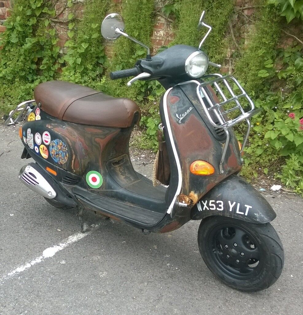 vespa piaggio et2 50cc 4 stroke rat look in westbury. Black Bedroom Furniture Sets. Home Design Ideas