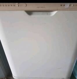 Aquarius Dishwasher Dwf450