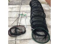 FISHING TACKLE KEEP NET EFGEECO LANDING NET WITH HANDLE PLUS 3 ROD REST PLEASE SEE ALL 9 PHOTOS