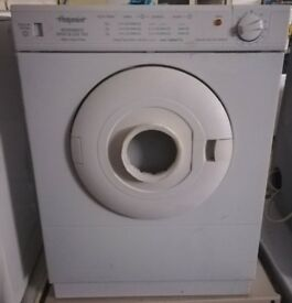 HOTPOINT 3KG VENTED TUMBLE DRYER IN GOOD WORKING ORDER