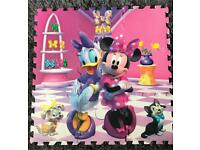 Minnie Mouse puzzle soft foam play mat