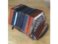 Anglo concertina in C/G, 30 button Stagi, Italian, metal ends with soft case