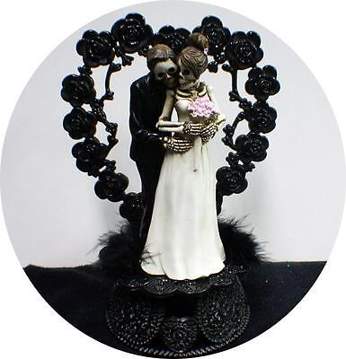 Day of the DEAD Halloween Wedding Cake Topper Funny Skeleton Bride Groom topHear (Halloween Wedding Toppers)