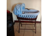 Details about Izziwotnot Moses Basket and Stand with mattress / blue - brown / great condition