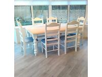 TRADITIONAL LARGE FARMHOUSE TABLE AND 6 CHAIRS