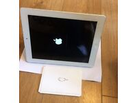 Apple Ipad 2 16GB - Excellent condition. Barely used.