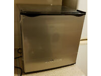 Table Top Freezer: Klarstein Garfield Freezer Cube - 4 Stars - 35 Litres (spacious mini freezer)