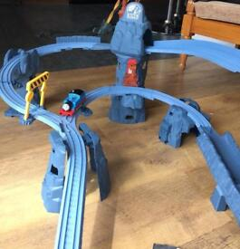 Thomas the tank engine track master - daring drop