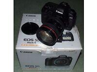 Canon EOS 5D Mark II DSLR