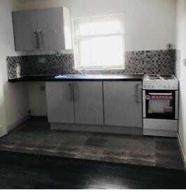Flat to let - 2nd Floor - Brand New - Single Person - Stunning