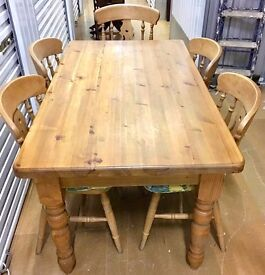 LARGE 6 SEATER RUSTIC WOODEN CHUNKY PINE SOLID WOOD DINING TABLE & X 5 SOLID MATCHING PINE CHAIRS
