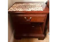 House Furniture Good Quality & Hygenic