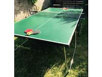 Table tennis/ping pong complete set (folding table, net, bats, balls)