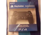 £40 - OFFICIAL DUALSHOCK 4 CONTROLLER **BRAND NEW & SEALED**