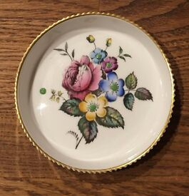 Coaster Royal worcester / Fine Bone China England / G676 / Hand painted