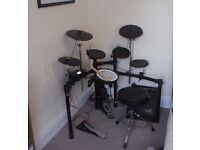 Roland TD4K Electronic Drum KIt + Roland PM10 Speaker, Complete Kit, play today!