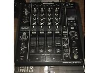 Pioneer DJM 900 NXS Mixer, with flight case & PAT Tested.