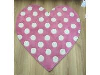 Pink polka dot heart rug