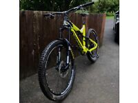 COMMENCAL META AM V4 2015 Large - HIGH SPEC, Reasonable offers only.