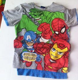 Kids/Childrens Super Hero squad T shirt with cape