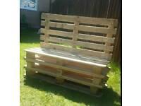 Basic pallet bench