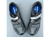 Shimano mountain bike cycling shoes - mens size 8