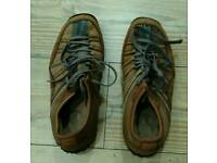 Sketchers men's trainers/shoes. Size 9