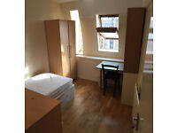 Single room is available in house, 5min walk to West Brompton Station ** no extra **